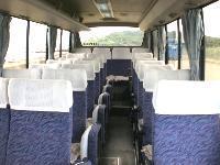28人乗り 正座席22 補助席6 (7M)